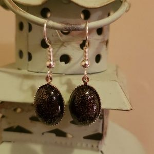 Jewelry - Black sparkle drop earrings